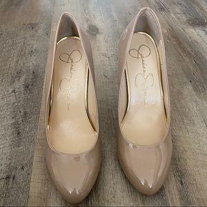 """Lightly worn Jessica Simpson """"Malia"""" nude heels"""